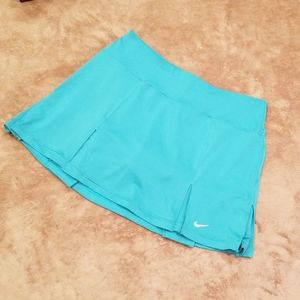 NIKE Dry-Fit women's golf skort, tennis skorts